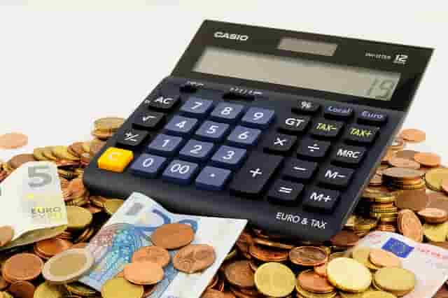 dinero y monedas, euros